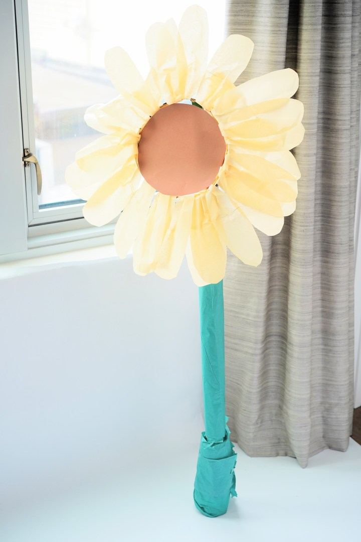 DIY Giant Standing Sunflower
