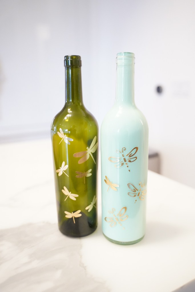 how to paint wine bottles, how to paint wine bottles with acrylic paint,