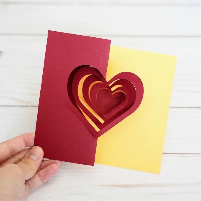 Spiral hearts card