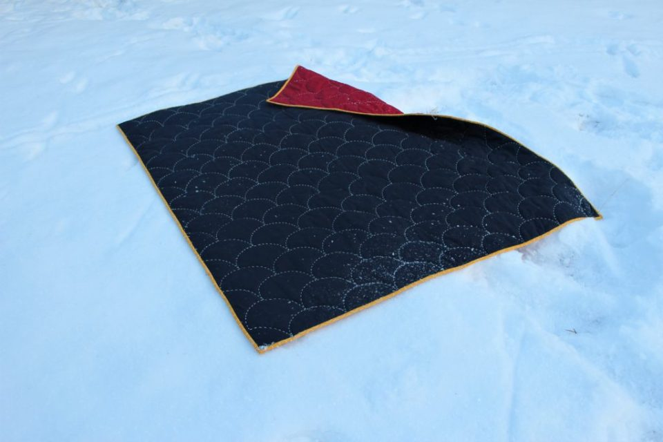 Handstitched Sashiko Clamshell Quilt by Madeleine Roberg for Domestic Strata.