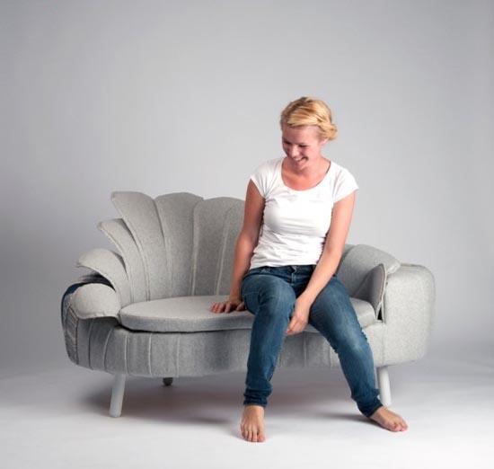 Wyjątkowa sofa z ogonem pawia
