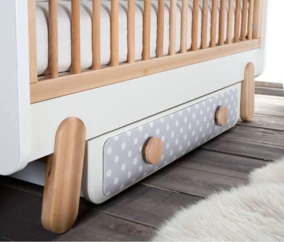 łóżeczko dla dziecka, schowek na pościel