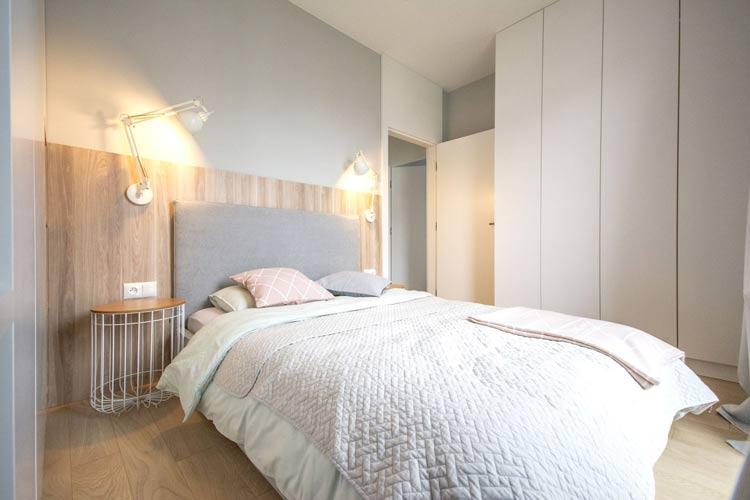 Sypialnia w pastelowych kolorach