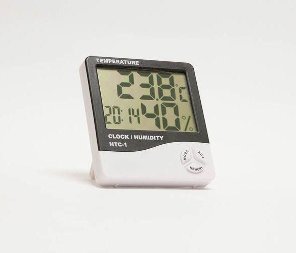 wilgotność powietrza w domu można zmierzyć przy pomocy higrometru