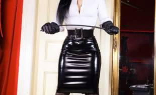 Lady Santana, klassisch1