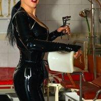Lady Santana