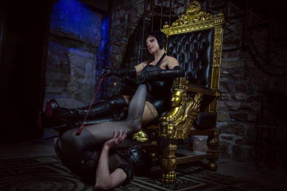 Lady Dana - Novem Viginti