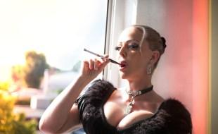 Lady Kay - Berührbare SM-Königin im Studio Flair
