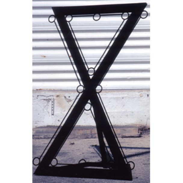 metal_bound_triangle_cross