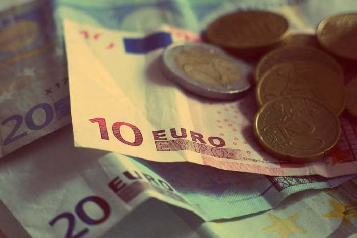 money-926631