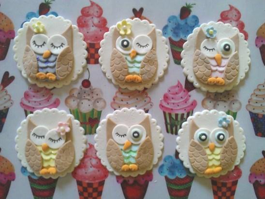 Fondant Owls Toppers