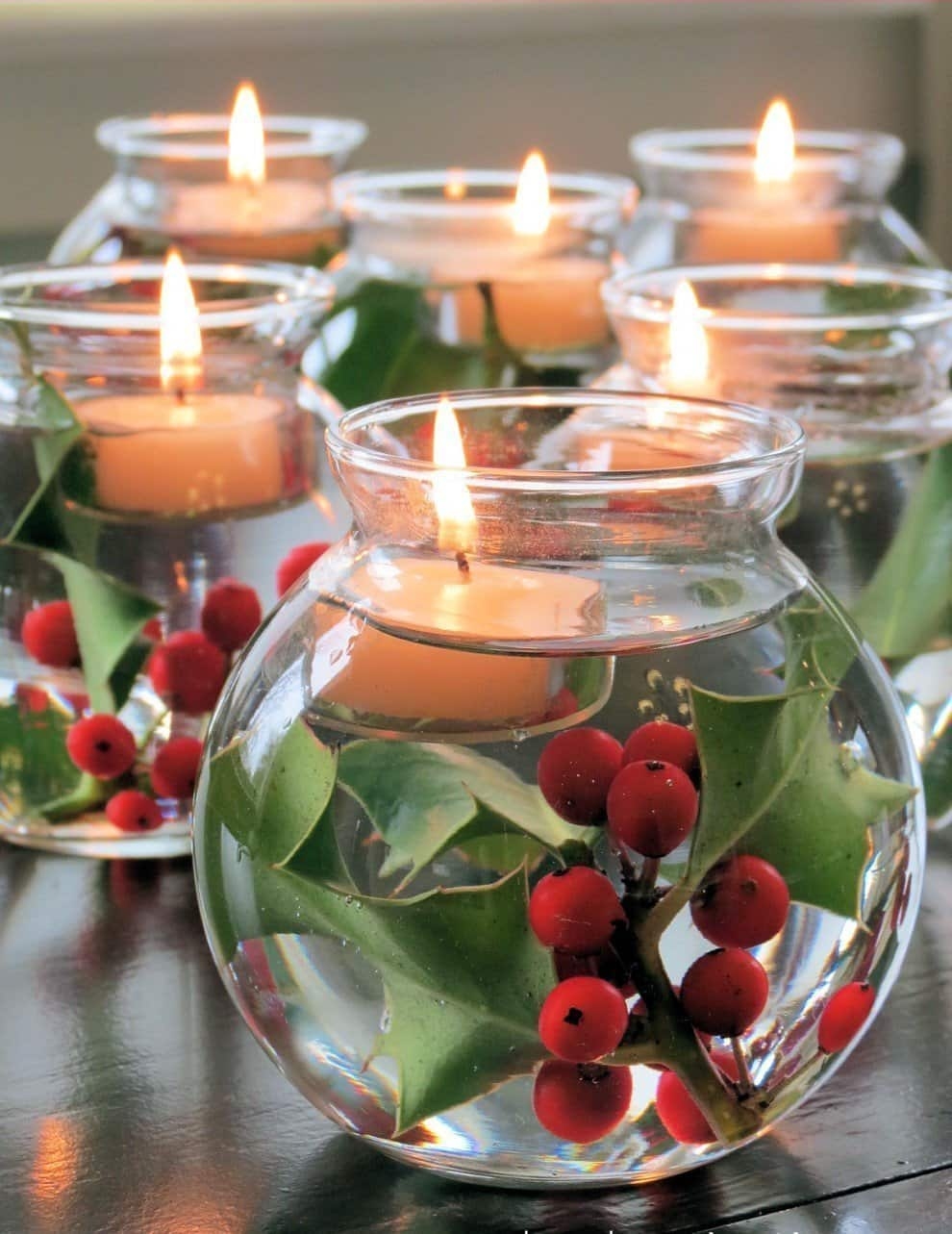 With floating candles on the table, the New Year celebration will be remembered for a long time