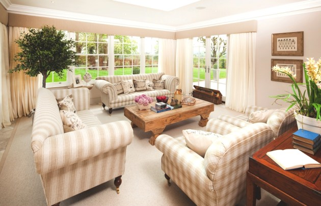 Luxury Five- Bedroom Country House
