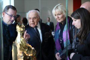 Der Domschatz Minden beherbergt eine der bedeutendsten Sammlungen christlicher Kunst in Deutschland. Am 24. März 2017 wurde er neu eröffnet.