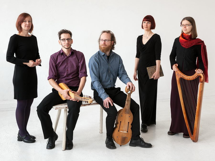 """Das Leipziger Ensemble Nimmersêlich gastiert mit dem weihnachtlichen Konzert """"Puer natus"""" im Domschatz Minden. Foto: privat"""