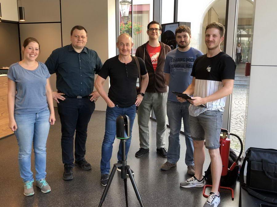 Studenten der RWTH Aachen führen gemeinsam mit dem Internet-Dienstleister IMS und dem Dombau-Verein Minden ein Forschungsprojekt zur Indoor-Navigation im Domschatz Minden durch. Foto: DVM