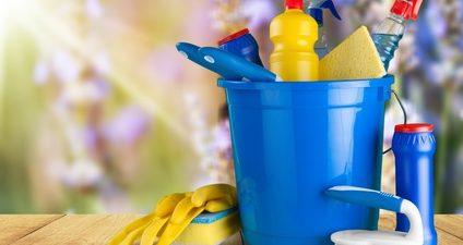 seau, produit nettoyage accessoires de nettoyage