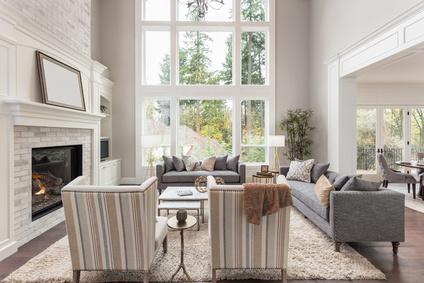 Luxueux salon dans la nouvelle maison