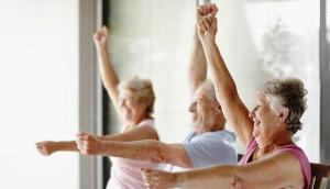 Exercício Físico para Pessoas Acamadas  - braços