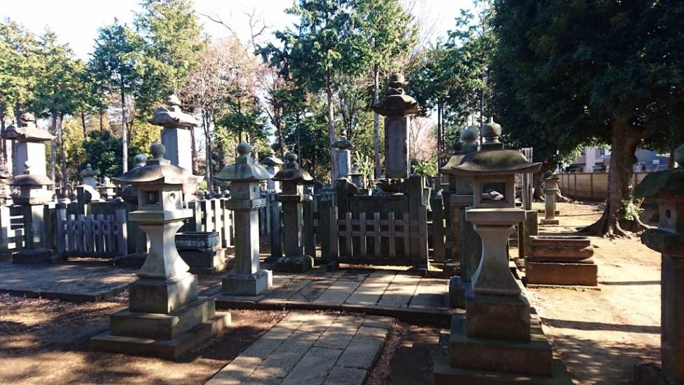 豪徳寺にある井伊直弼の墓