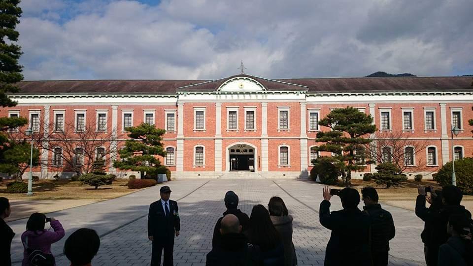 海上自衛隊第1術科学校(旧海軍兵学校)の幹部候補生学校庁舎