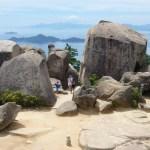 厳島の弥山山頂の巨石群