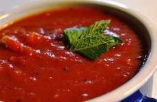 Sopa de Tomate com Manjericão e Rum