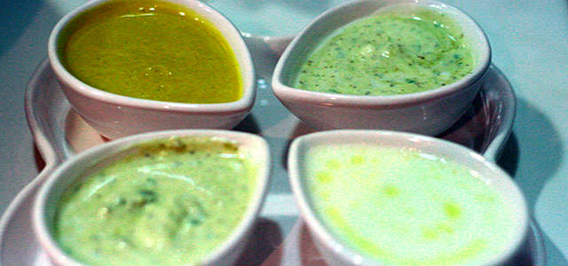 Molho de Ervas com Queijo Cottage para Salada
