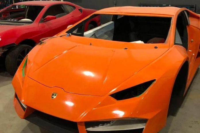 sahte Ferrari ve Lamborghini