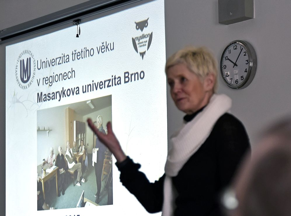 Projekt U3V v regionech – poznatky z realizace kurzů v domovech pro seniory.