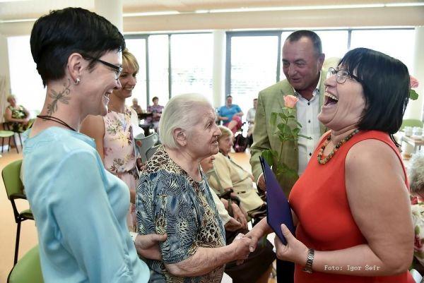DONASY - vzdělávání seniorů