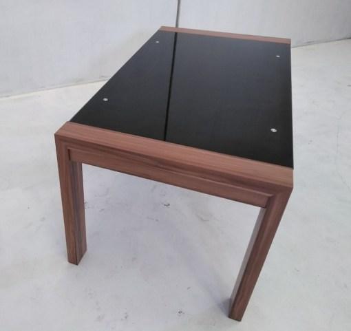 Parte final. Mesa baja en metal, madera y cristal - Tec