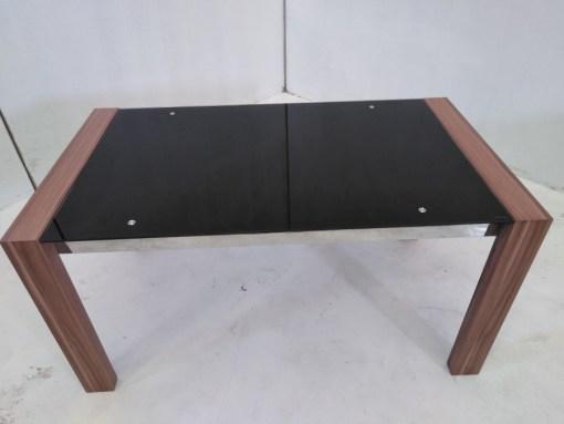 Superficie de cristal. Mesa baja en metal, madera y cristal - Tec