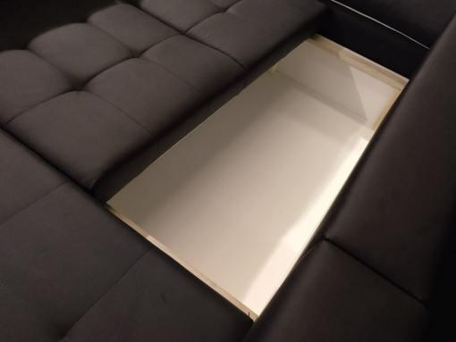 Arcón bajo asiento. Sofá chaise longue cama en polipiel modelo - Kingston