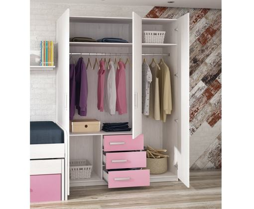 Открытые двери и ящики трёхдверного шкафа для детской комнаты - Luddo
