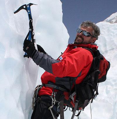 Руководитель экспедиции в Гималаи Сергей Ковалев.