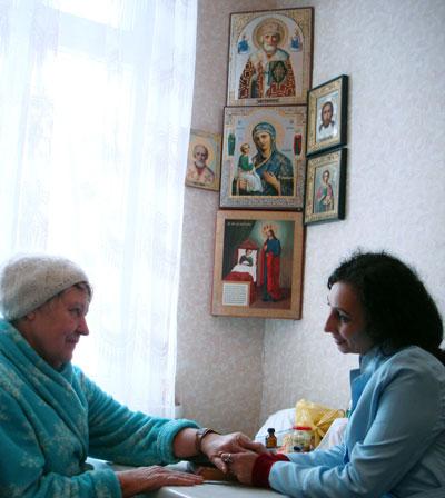 Пациент Лидия Кондюкова и психолог Виктория Волкова нашли общий язык.