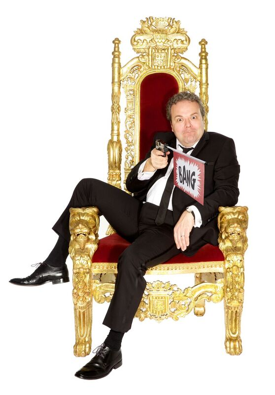 Hal Cruttenden rants about the evils of the modern world at Cast