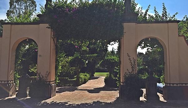 hacienda gardens