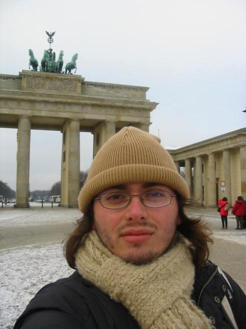 Berlin - yo en puerta de brademburgo