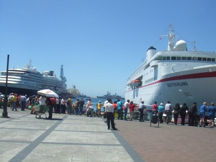 cruceros en el puerto