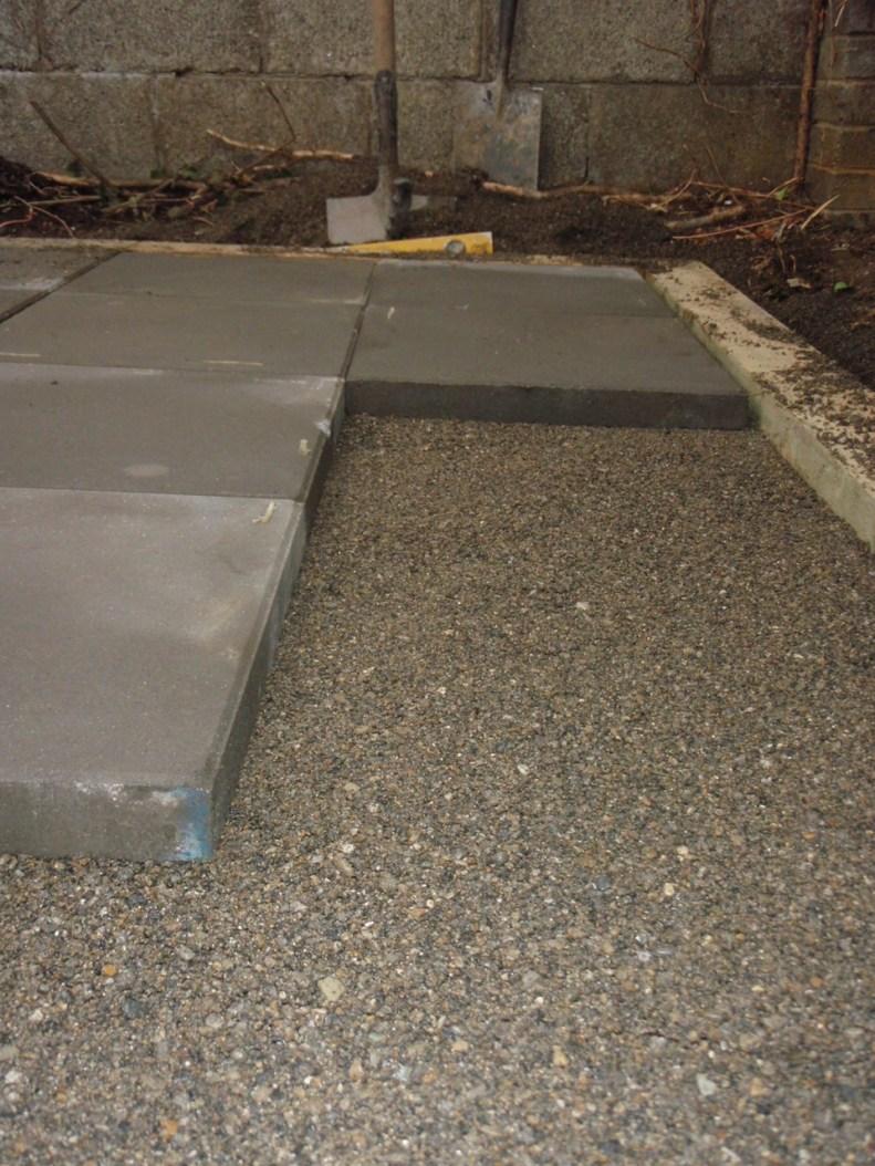 laying patio slabs
