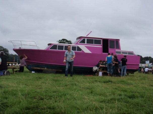 electric-picnic-peter donegan 2008 pink boat bloom