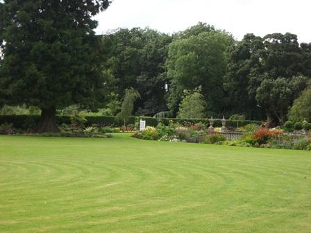 gardens-of-brackenstown-house-5