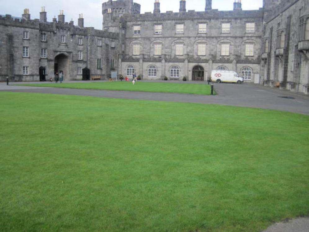 kilkenny-castle-gardens-11