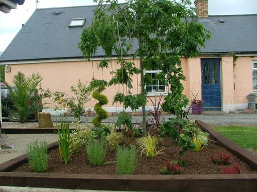 side gardens
