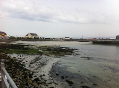 inis mor beach