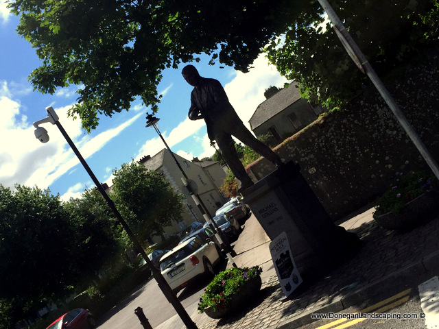 michael collins statue, clonakilty (1)