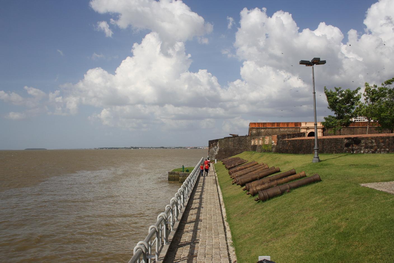 el fuerte de Belém, al costat de la desembocadura de l'Amazones