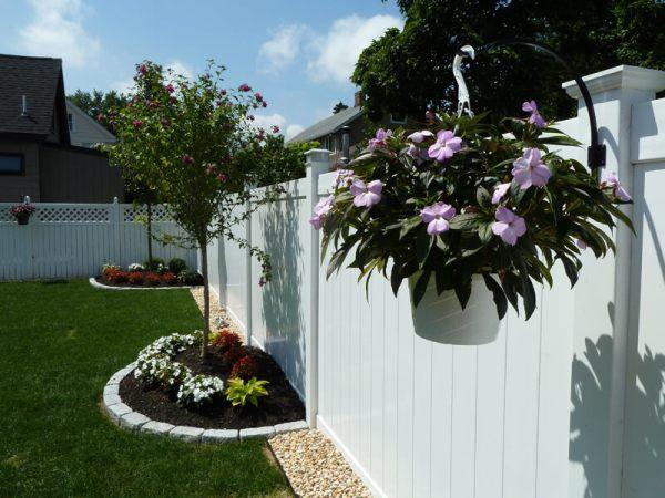 wood vinyl & aluminum fence installation